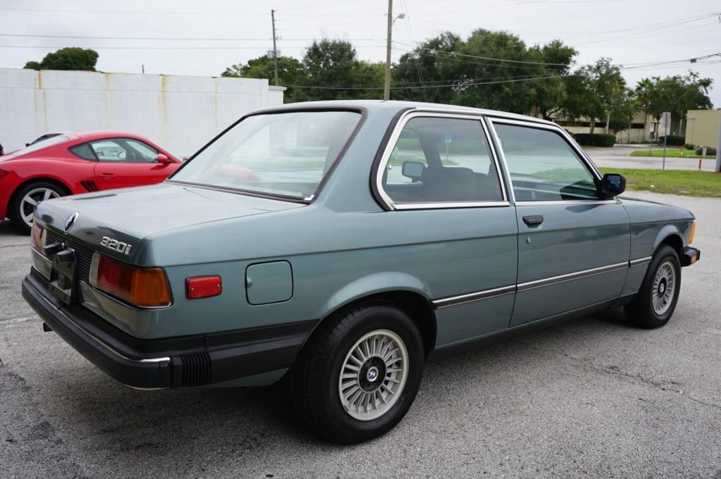 1982 BMW 320i Coupe