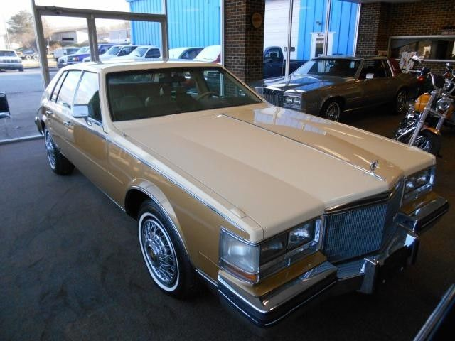 Cadillac Seville S Cars For Sale on 1982 Cadillac Fleetwood Convertible