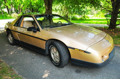 1986 Pontiac Fiero V6 for sale