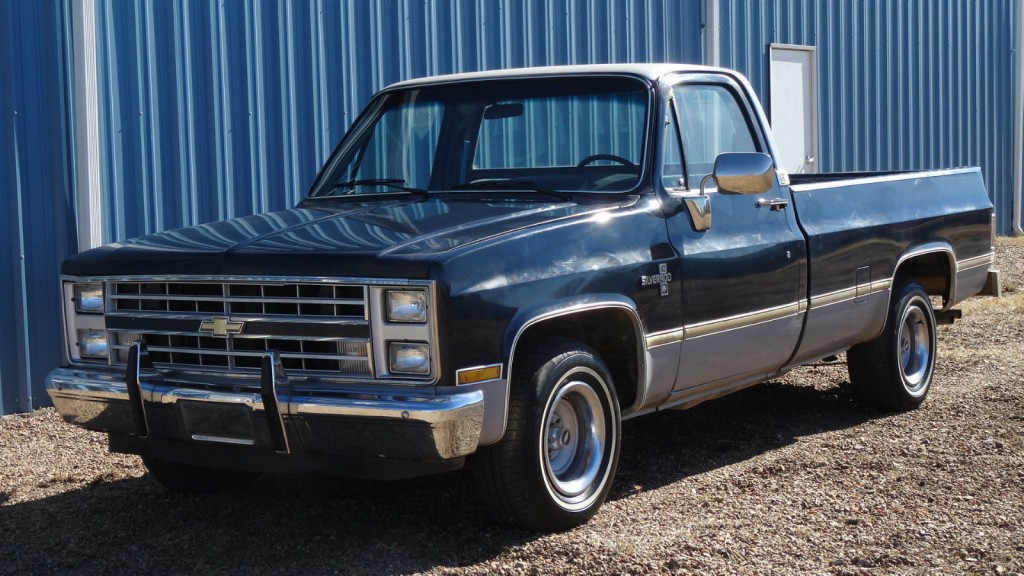 1985 chevrolet c 10 silverado longbed pickup truck for sale. Black Bedroom Furniture Sets. Home Design Ideas