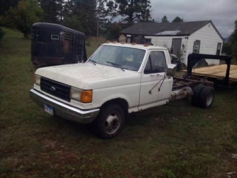1989 Ford F250 4x4 Extended Cab on 1987 mustang gt parts