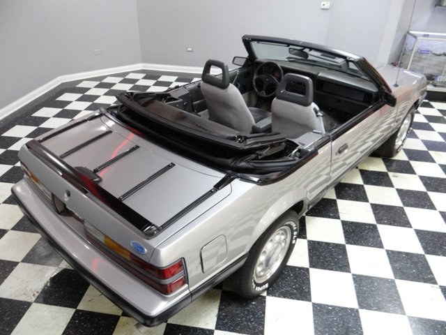 1986 Ford Mustang GT 5.0 Convertible