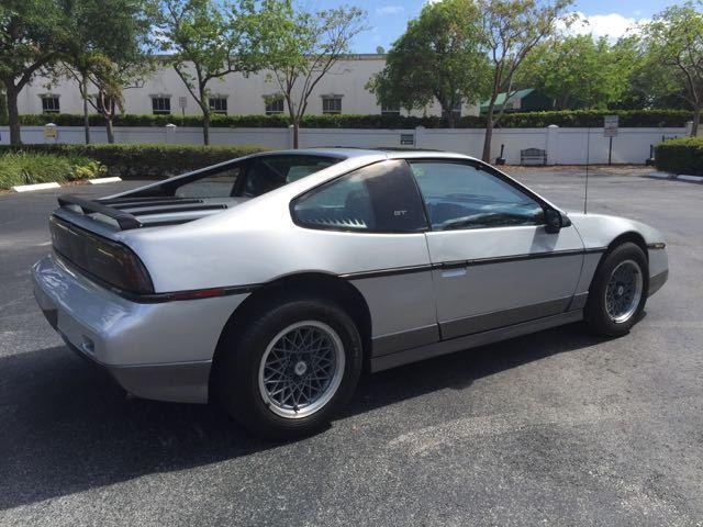 1987 Pontiac Fiero GT V6