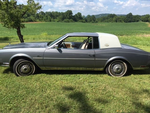 1982 Buick Riviera For Sale 1982 Buick Riviera Coupe For