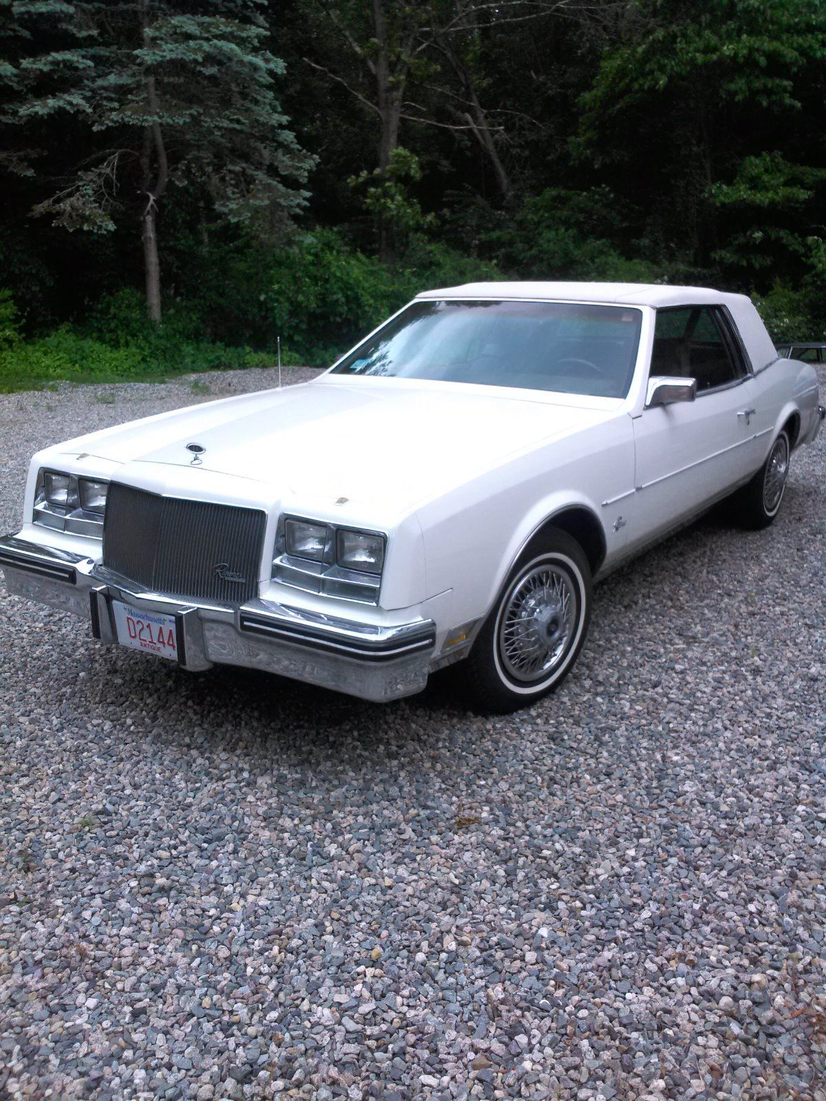 1984 buick riviera coupe for sale. Black Bedroom Furniture Sets. Home Design Ideas
