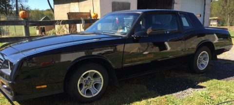 Black 1986 Chevrolet Monte Carlo SS for sale
