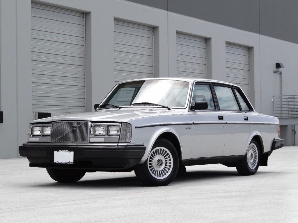 daily description for volvo sale wagon second dl manual speed classics