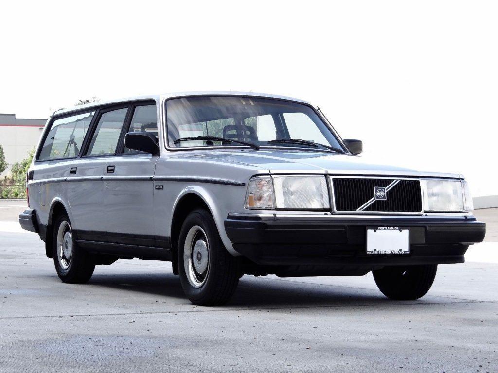 1987 Volvo 240 / 245 DL Wagon (manual)