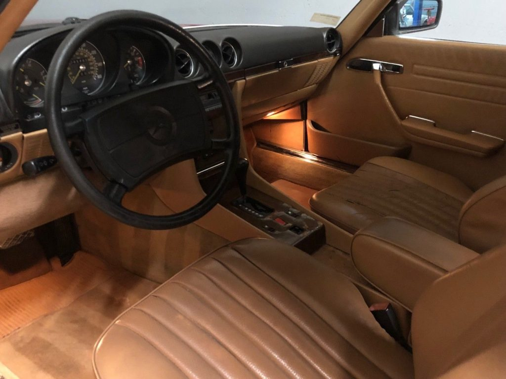 1986 Mercedes Benz SL Class – very nice condition