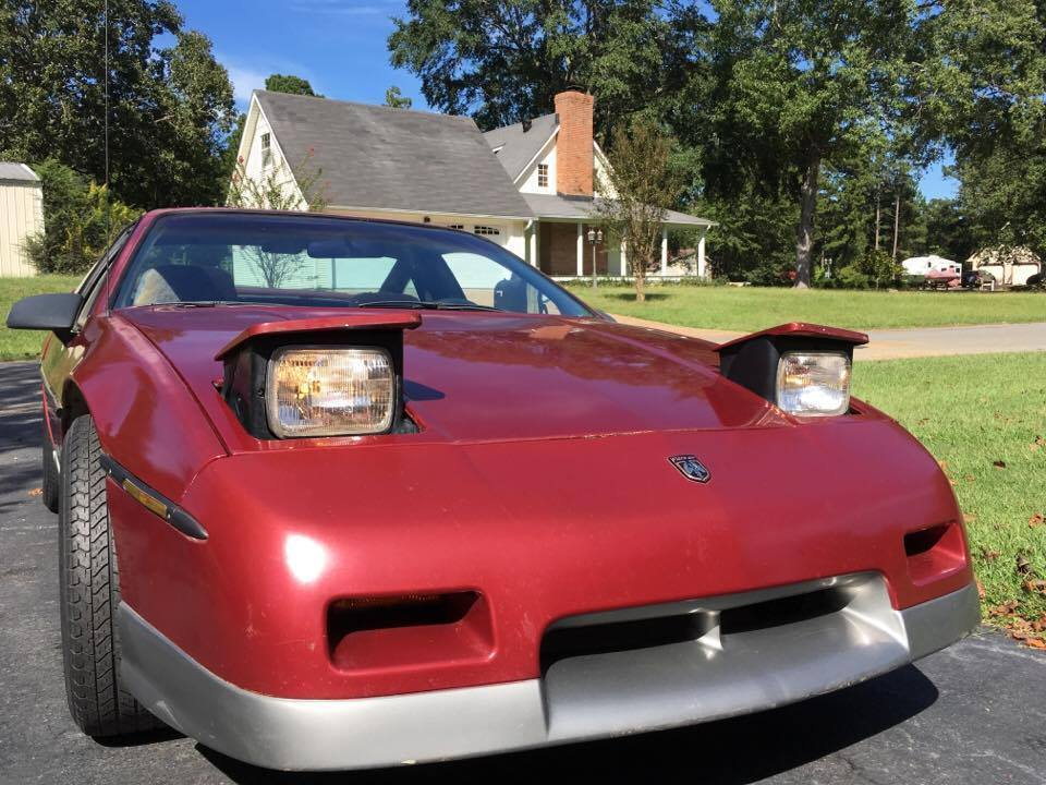 NICE 1987 Pontiac Fiero GT