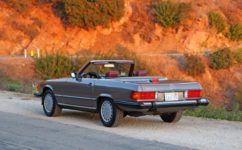 STUNNING 1987 Mercedes Benz SL Class 2 Door Convertible for sale