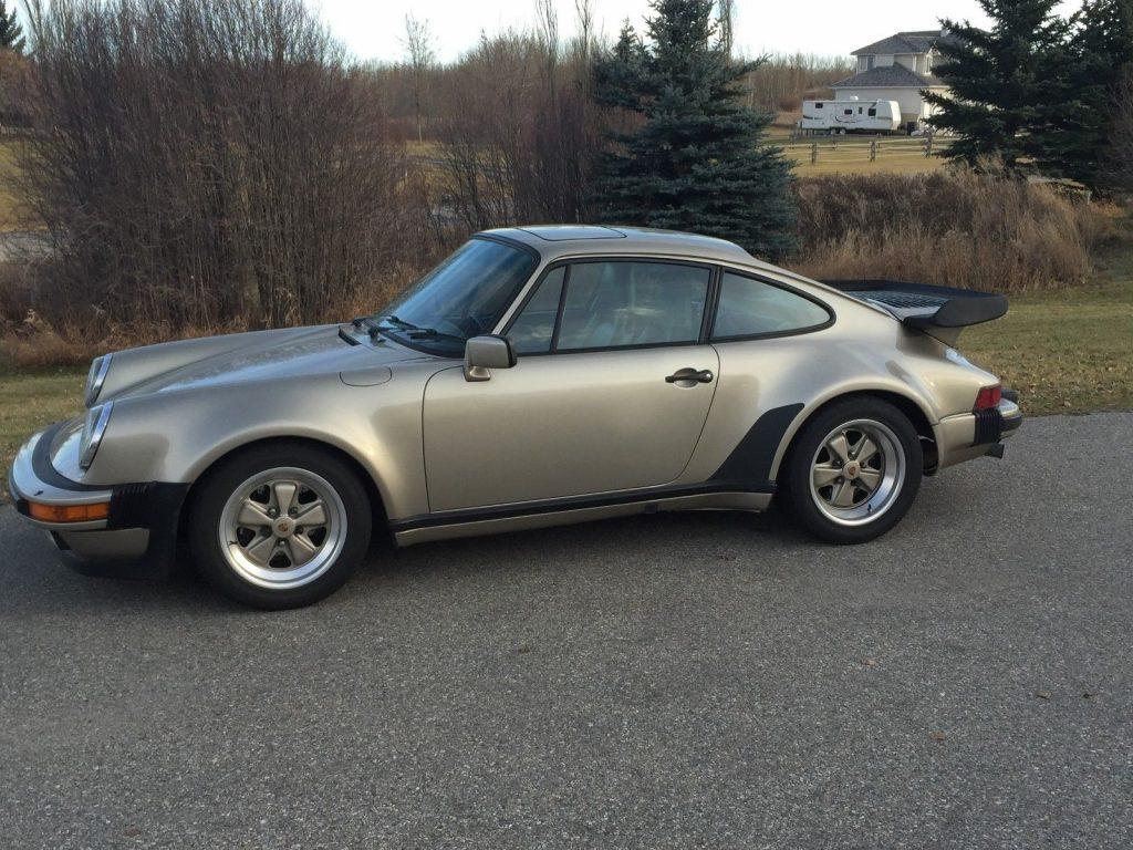 AMAZING 1985 Porsche 911