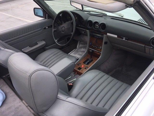 NICE 1988 Mercedes Benz SL Class