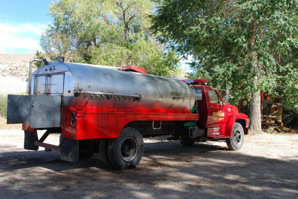 1986 Ford Potable Water Tank Truck for Sale