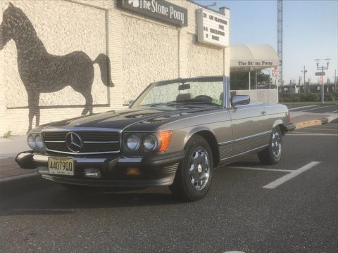 1987 Mercedes Benz 560 SL for sale